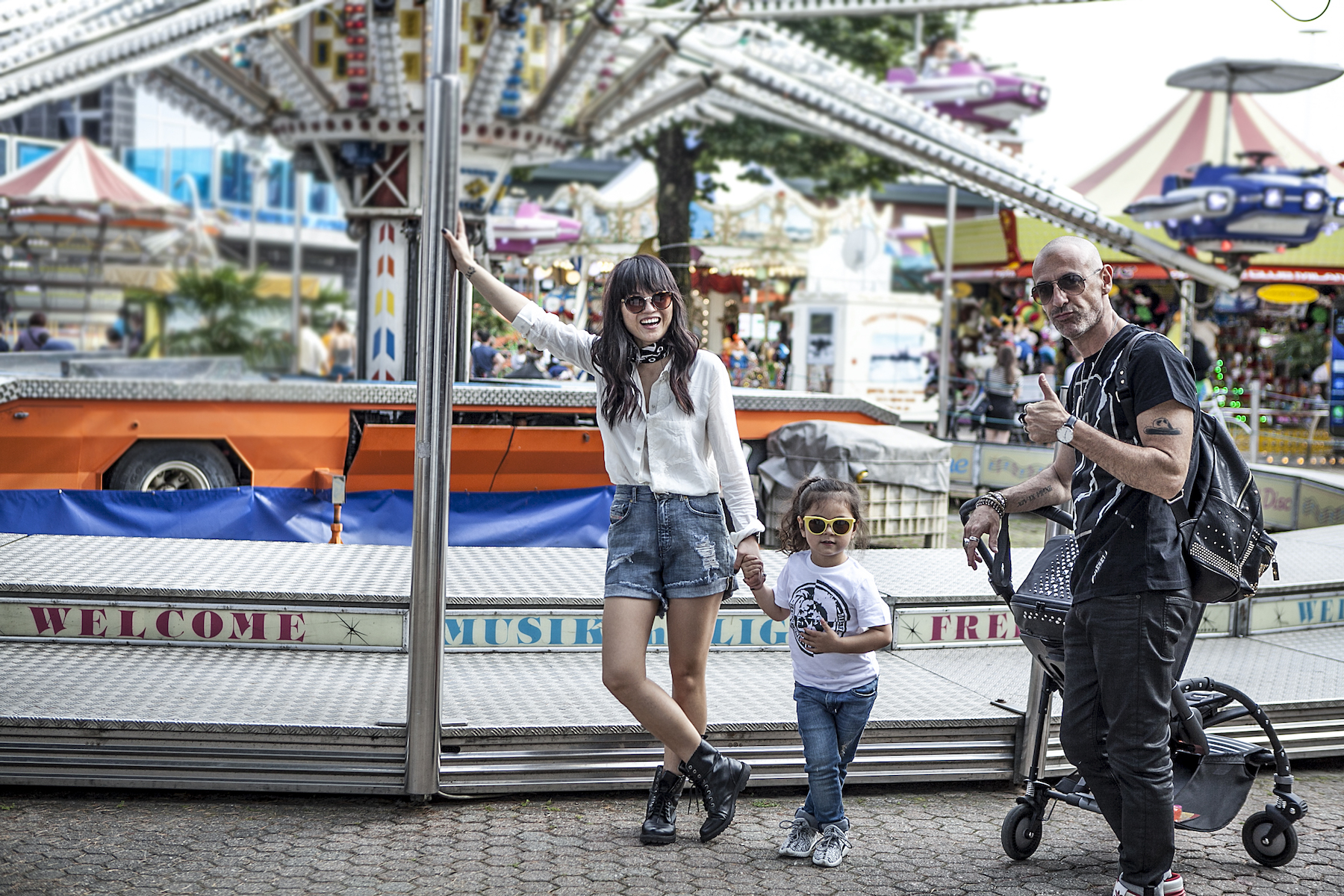 Digital Modern Family - Bugaboo by Diesel-10
