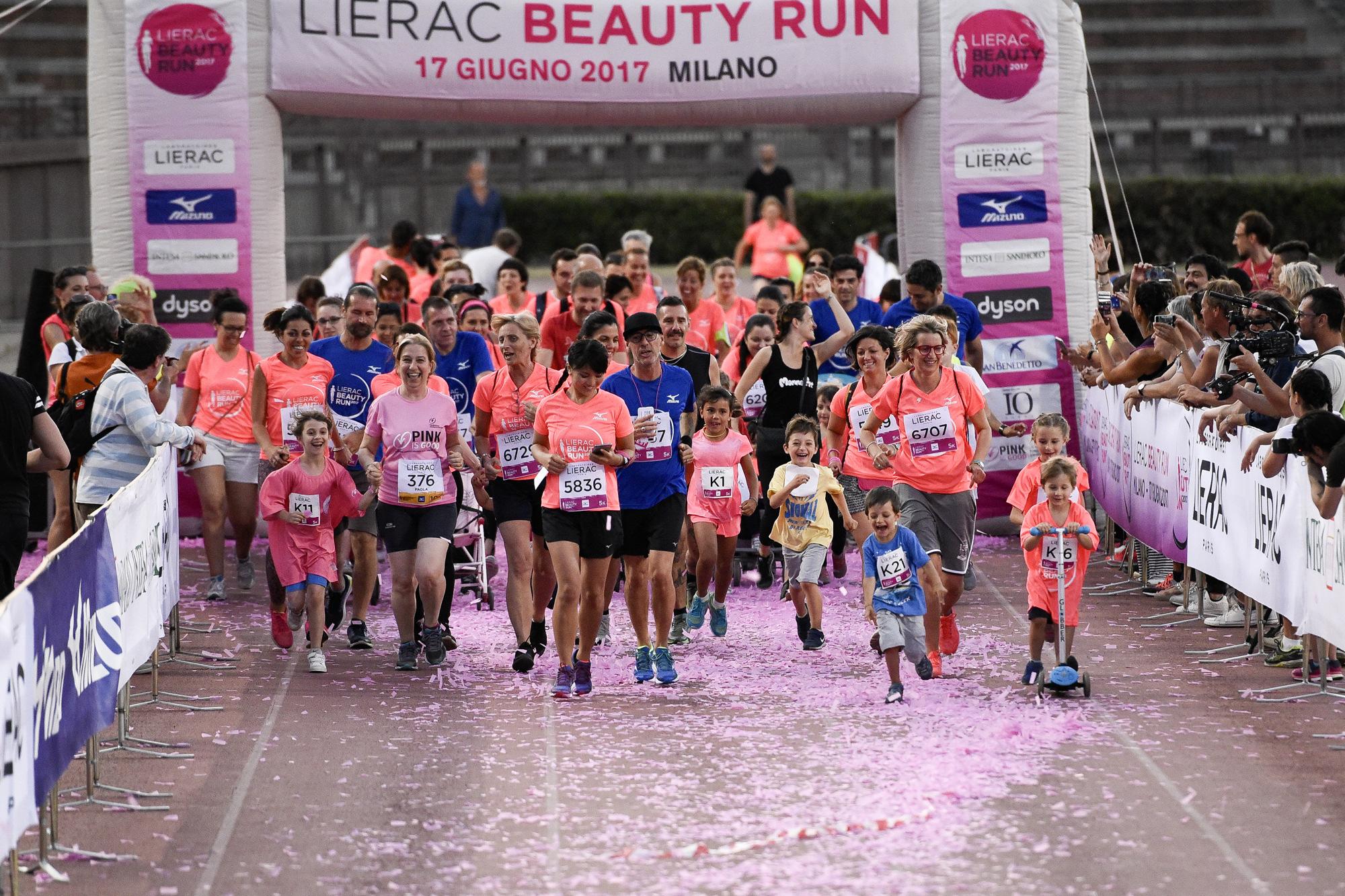 Foto LaPresse - Marco Alpozzi 17 06 2017 Milano ( Italia ) Sport Lierac Beauty Run 2017, la corsa dedicata alle donne.